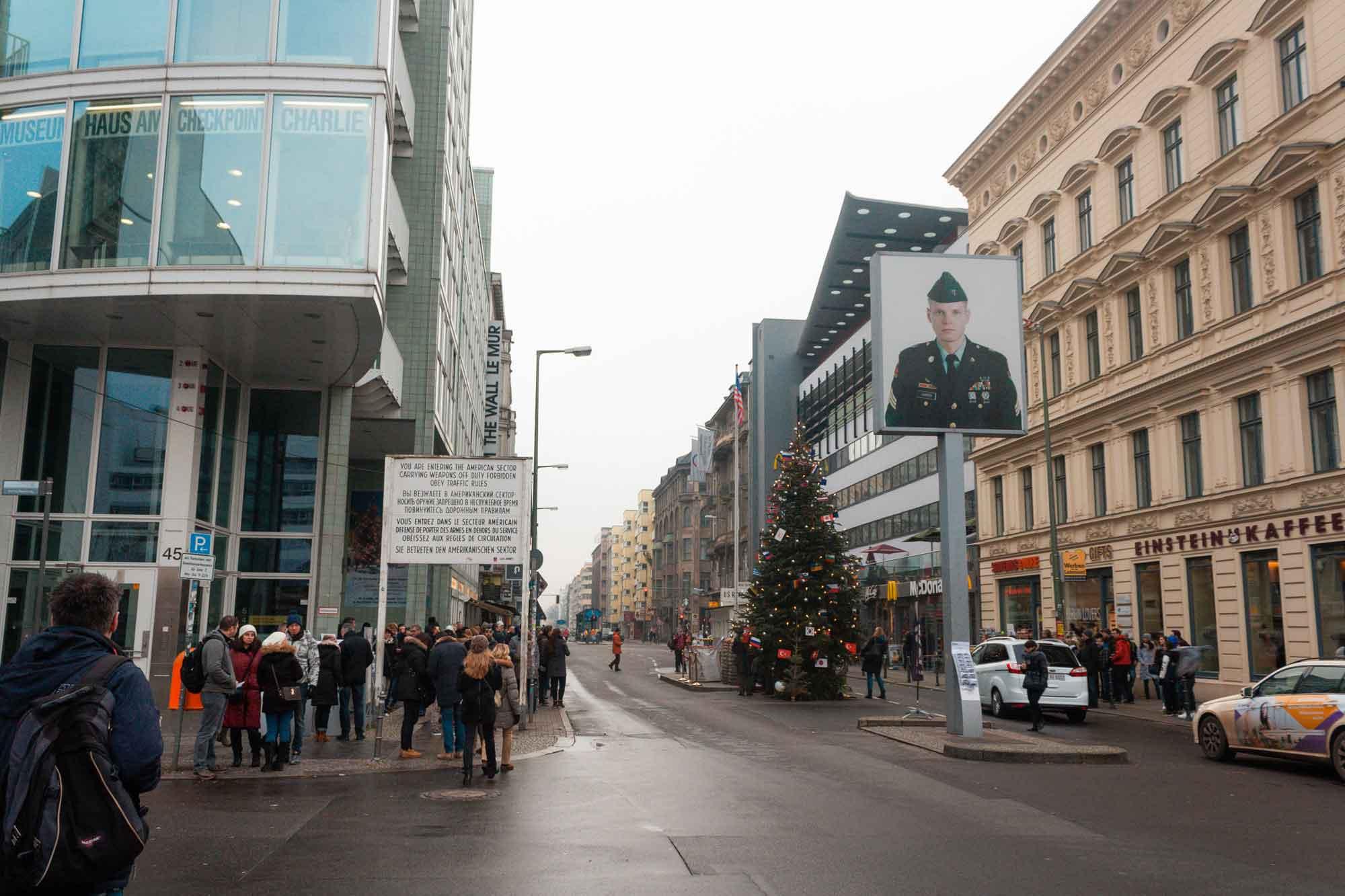viaggio-a-berlino-Checkpoint-Charlie