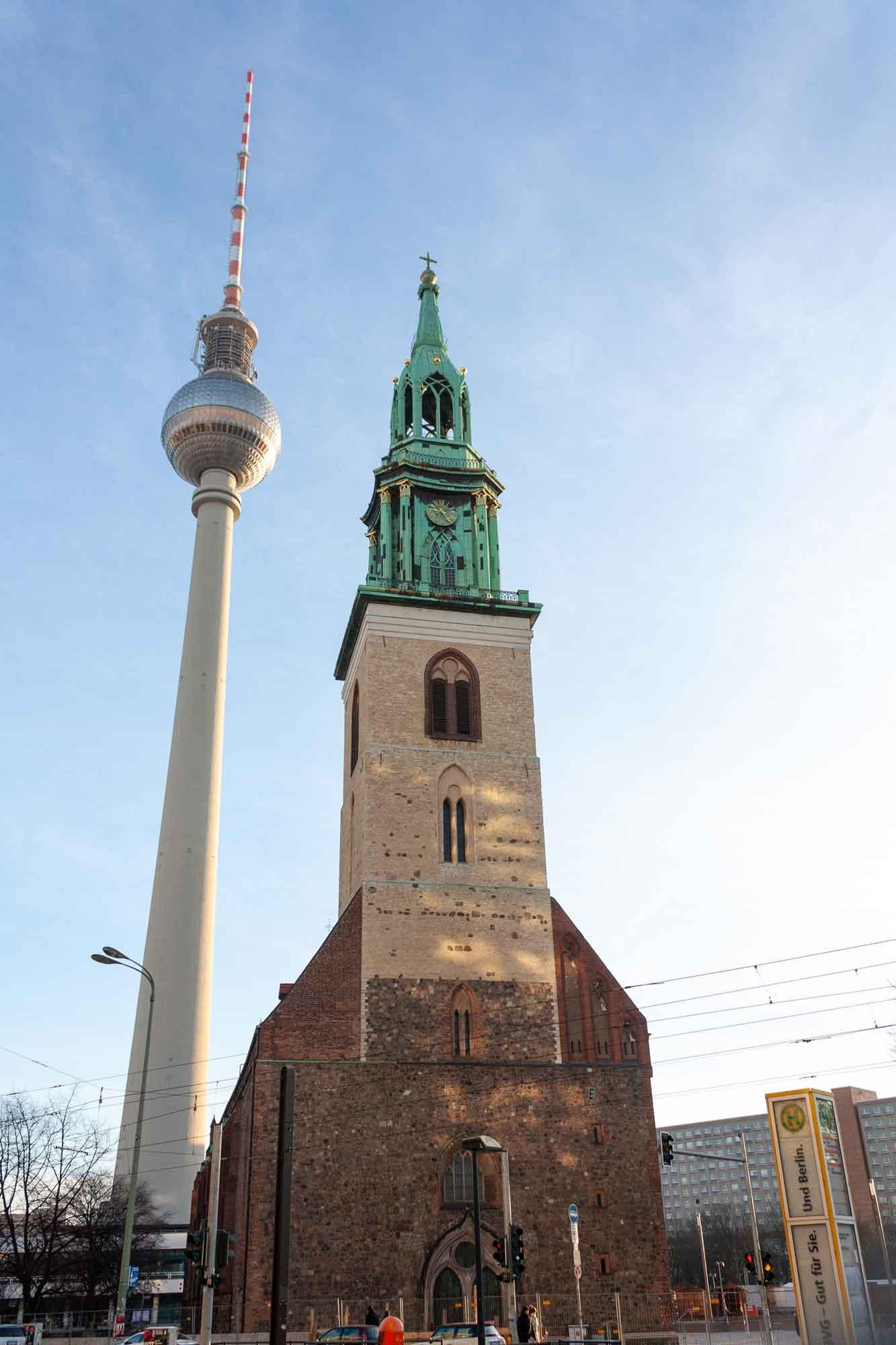 viaggio-a-berlino-torre-televisiva-marienkirche