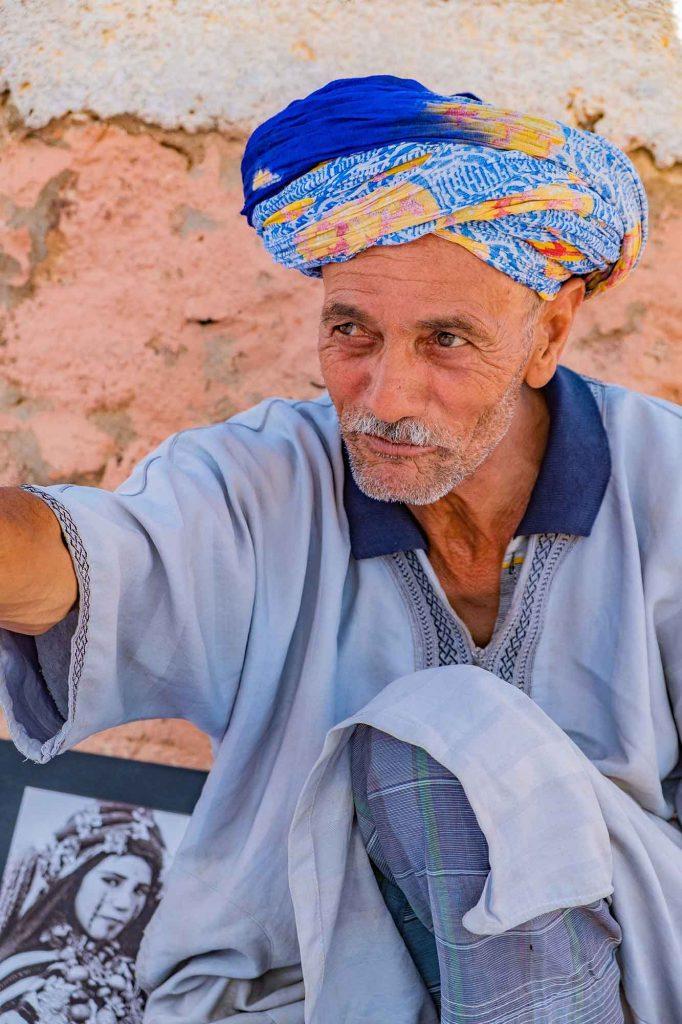 marocco-incontro-con-mercante-berbero-sguardo